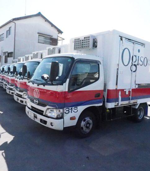 【OGISO NEWS】安全性能をフル装備した新車6台を導入